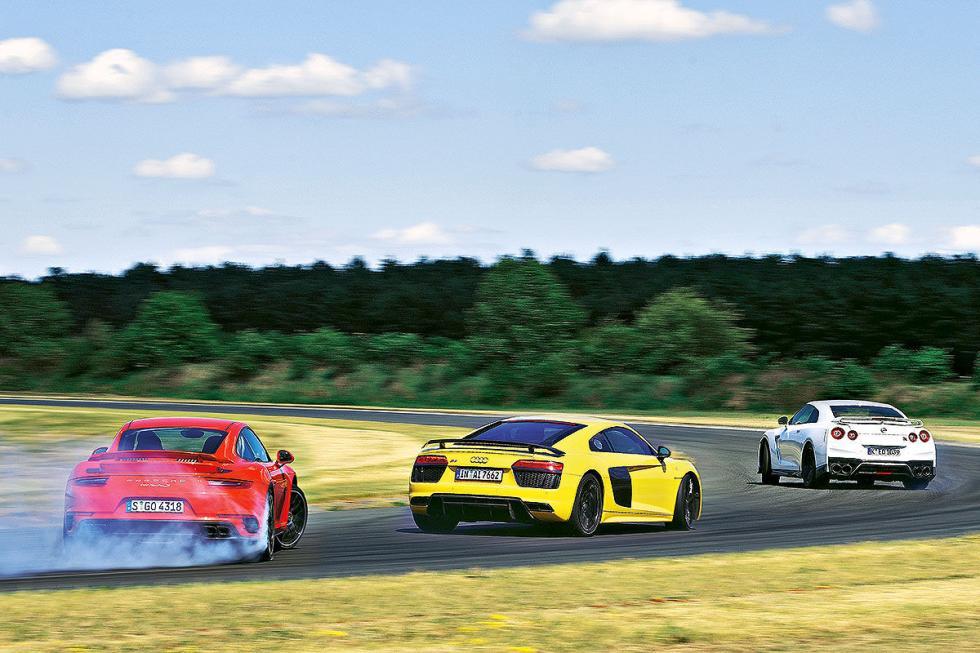 Nissan GT-R Track Edition/Audi R8 V10 plus/Porsche 911 Turbo S zagas