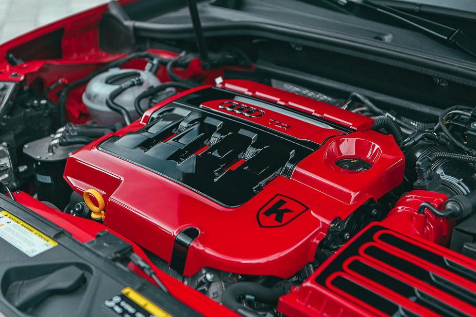 Motor pintado en rojo