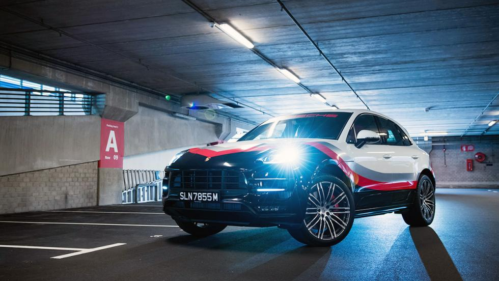 5 coches tan horteras para el verano como un bañador 'turbopacket' - Porsche Macan Turbo Performance Package
