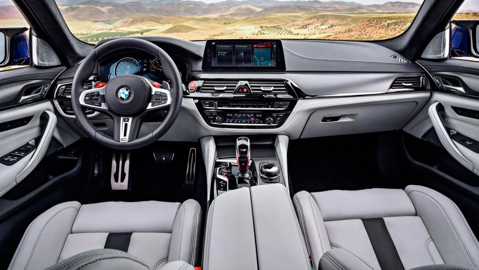 BMW M5 2017 (XI)
