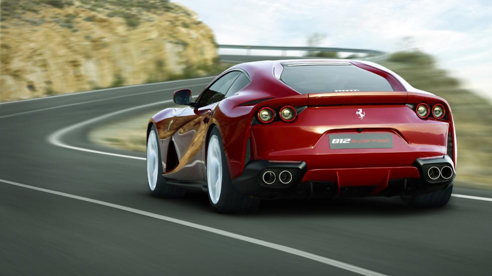 Coches que son un imán para los radares - Ferrari 812 Superfast