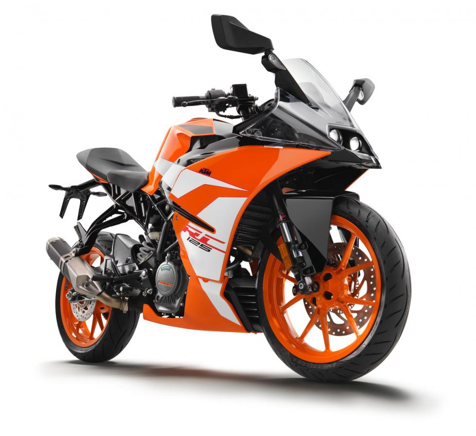 cu l es mejor la ktm rc125 o la aprilia rs 125 motos. Black Bedroom Furniture Sets. Home Design Ideas