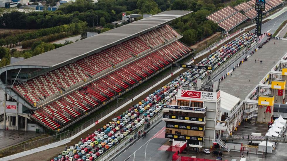 Concentración récord Guinness de Seat 600 en Montmeló