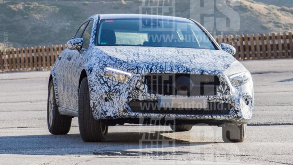 Fotos espía Mercedes GLA 2019