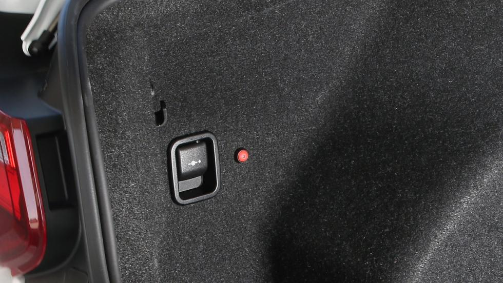 Prueba BMW M2 M Performance (botón rojo)