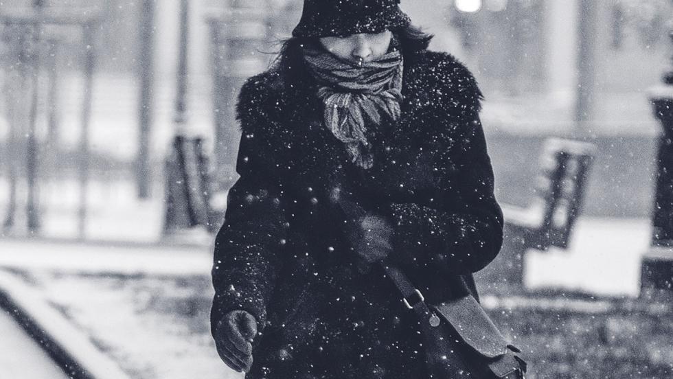 5 consejos para conducir sobre nieve - No te abrigues demasiado