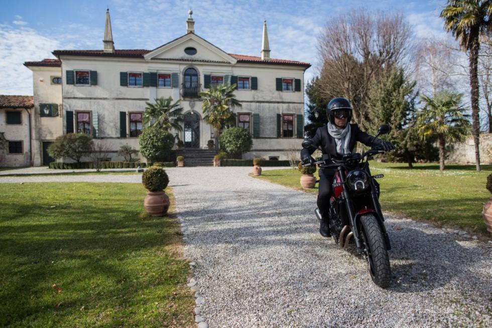 Nueva Benelli Leoncino 2018