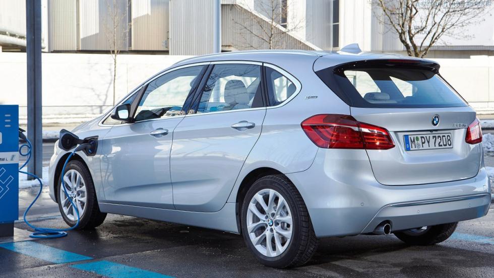 Todos los coches híbridos que puedes comprar - BMW Serie 2