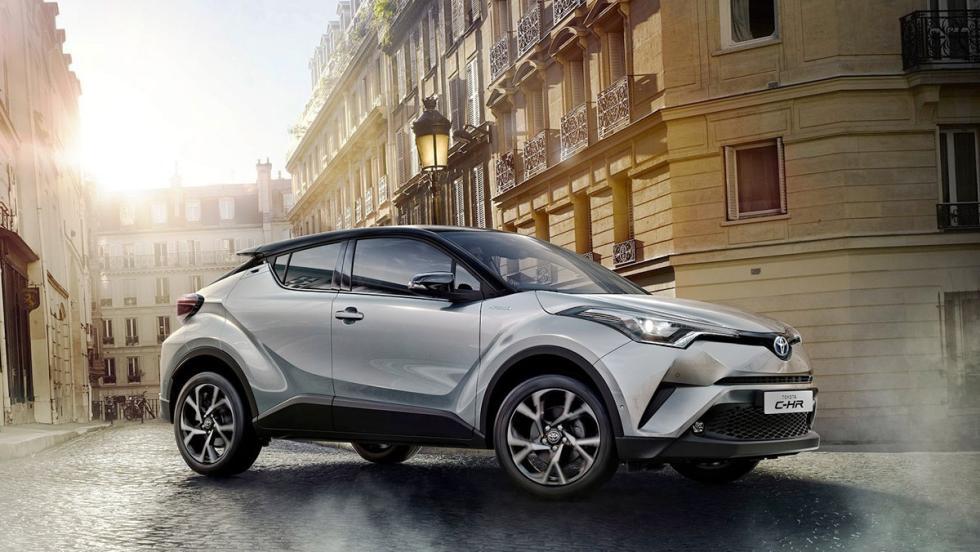 Todos los coches híbridos que puedes comprar - Toyota C-HR