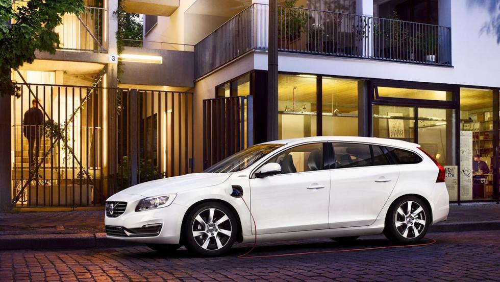 Todos los coches híbridos que puedes comprar - Volvo V60
