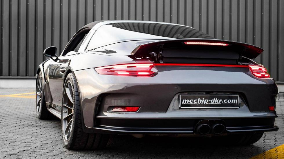 Porsche 911 Targa 4 GTS McChip DKR