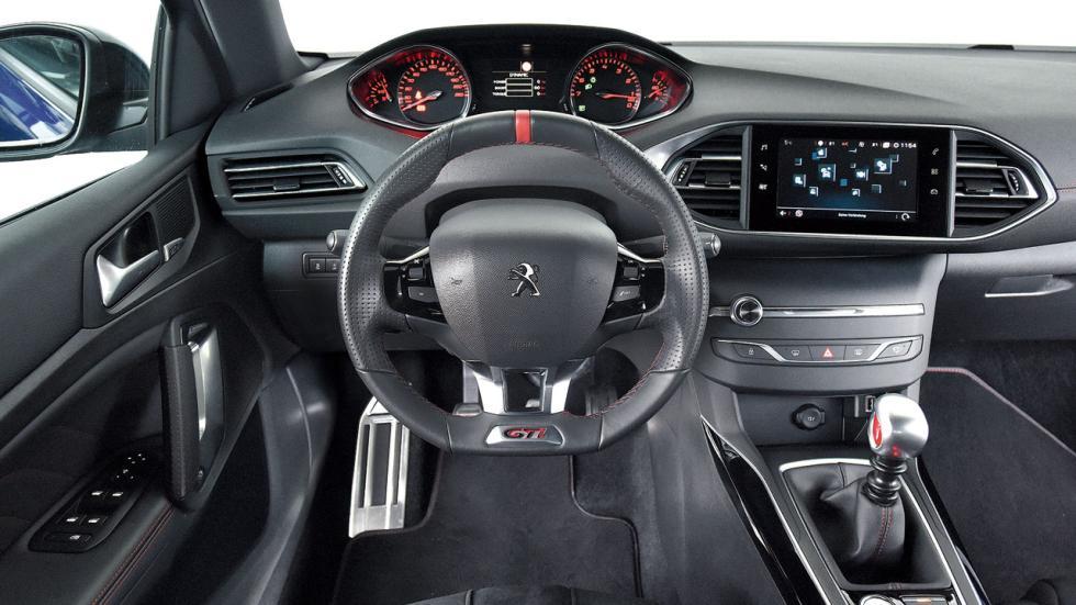Peugeot 308 GTi salpicadero