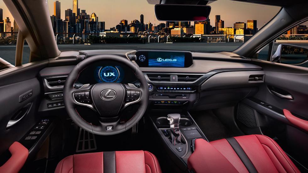 Lexus UX F Sport (interior)