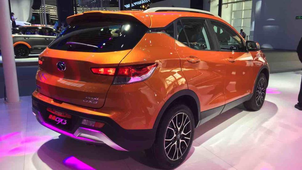 DX3 naranja en el Salón de Pekín 2018