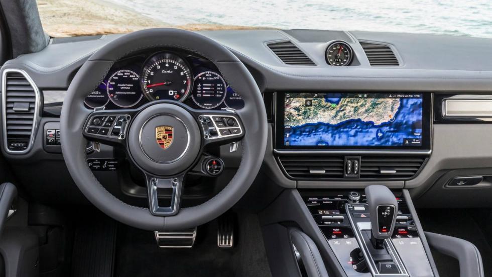 5 coches con los que debería patrullar la Guardia Civil. Porsche Cayenne Turbo