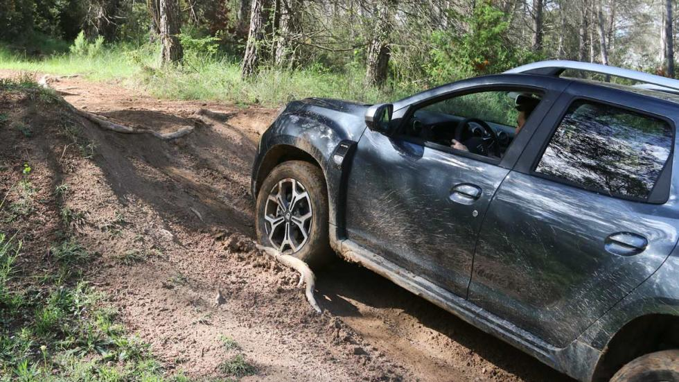 todoterreno barato compacto SUV awd todo terreno trialera barro