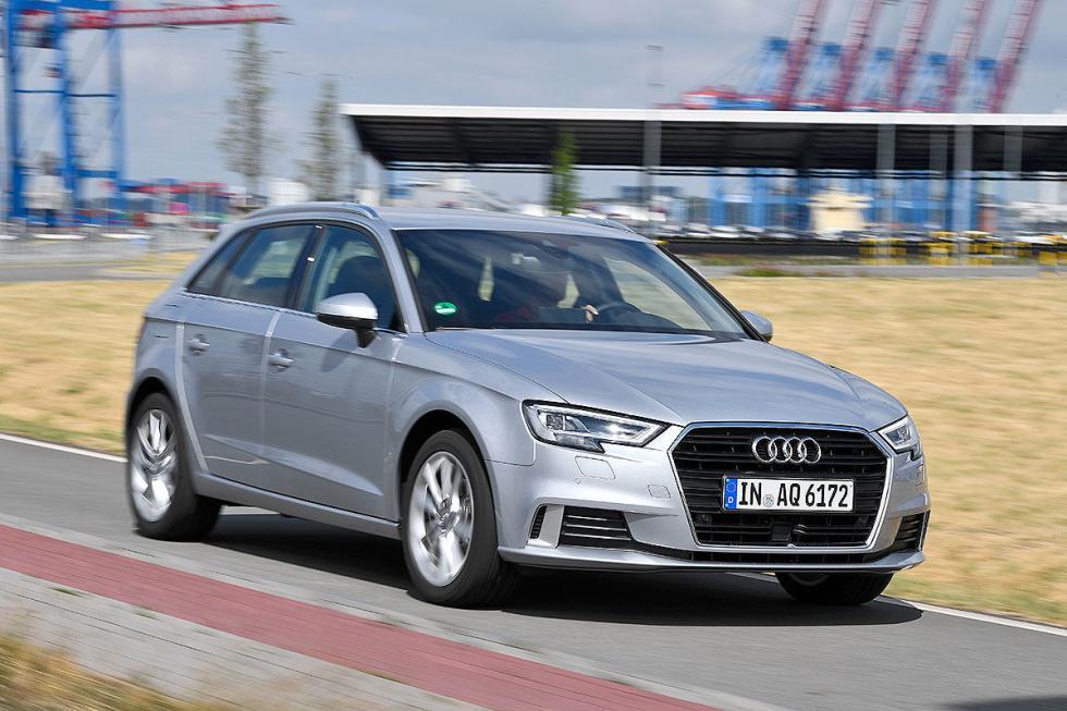 Mercedes Clase A vs Audi A3 y BMW Serie 1