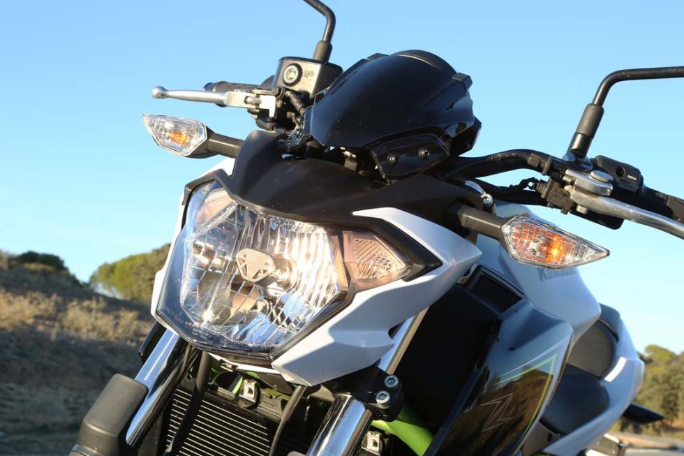 Prueba Kawasaki Z650