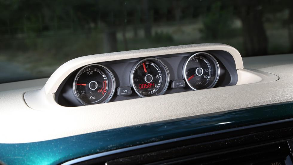 Prueba Volkswagen Beetle Cabrio (relojes)