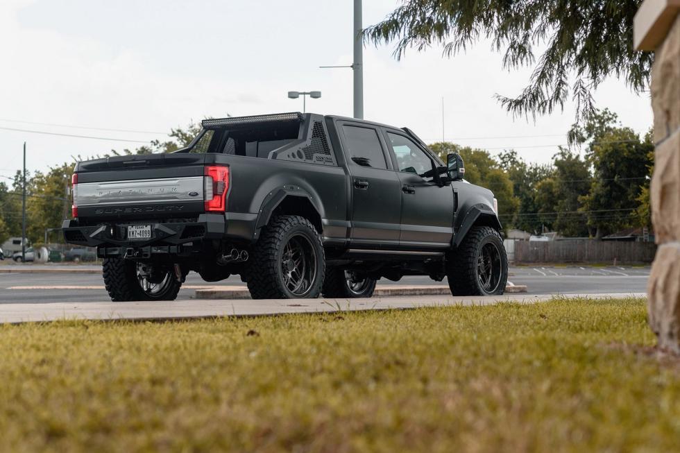 Este Ford F-250 preparado podría salir en Mad Max