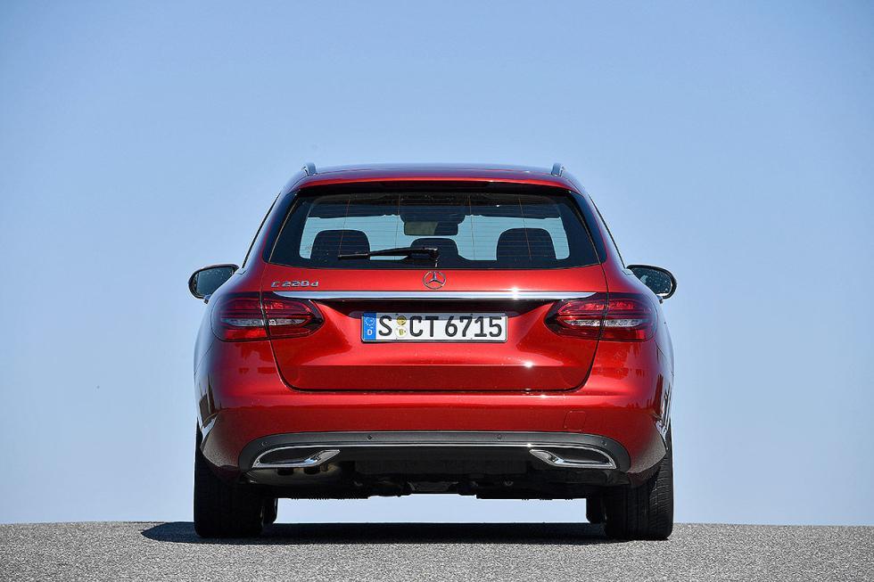 Mercedes Clase C Estate vs Audi A4 Avant