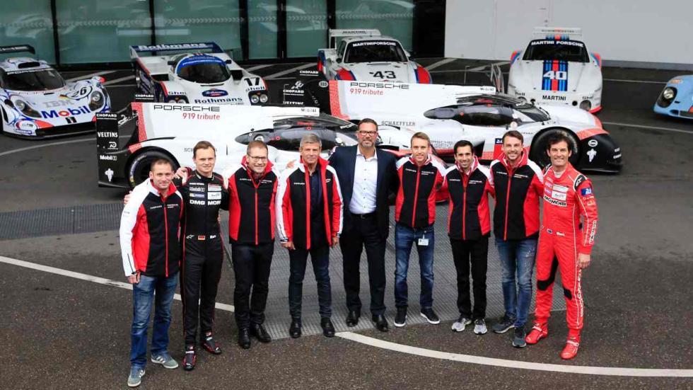 El Porsche 919 Hybrid sale a las calles de Stuttgart