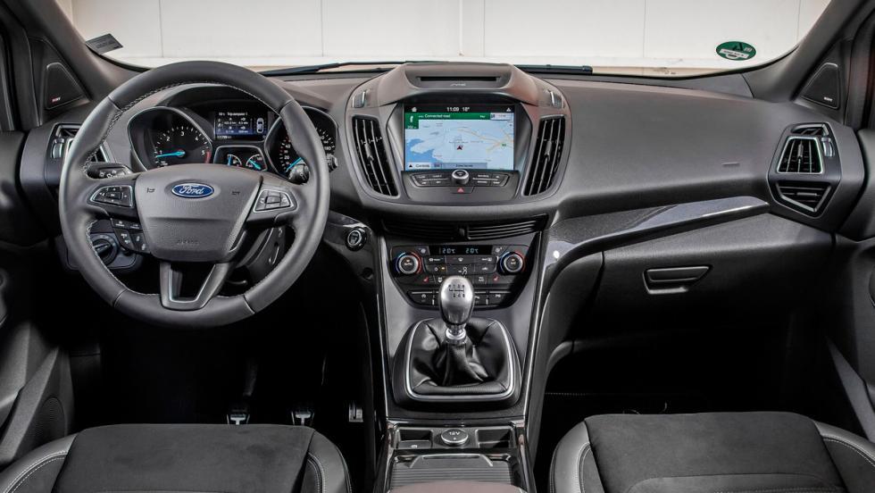Ford Kuga 2018 (interior)