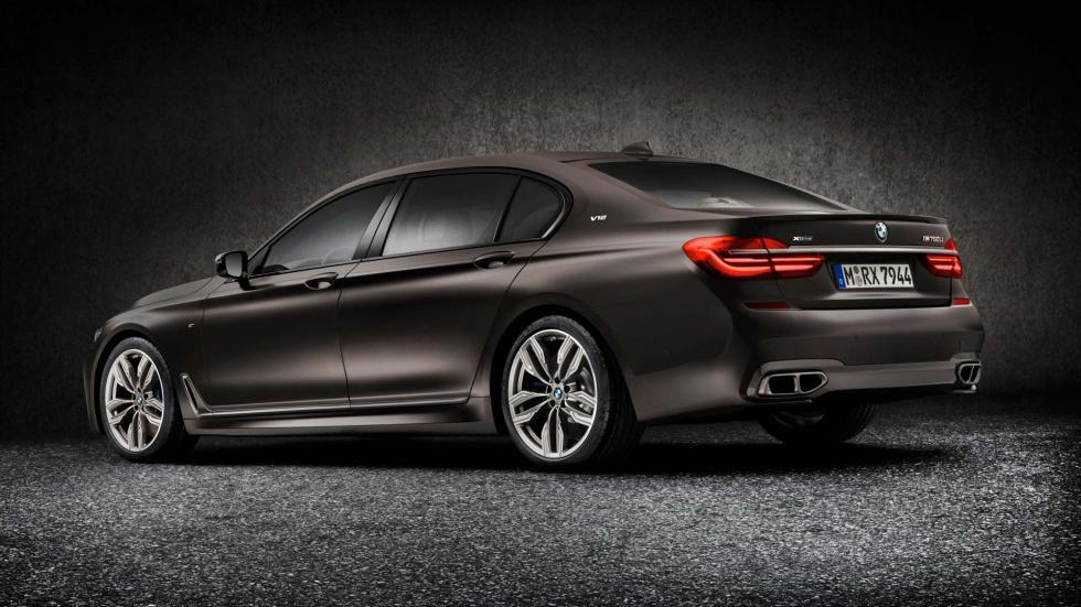 BMW M760Li XDrive, 3-4 trasero
