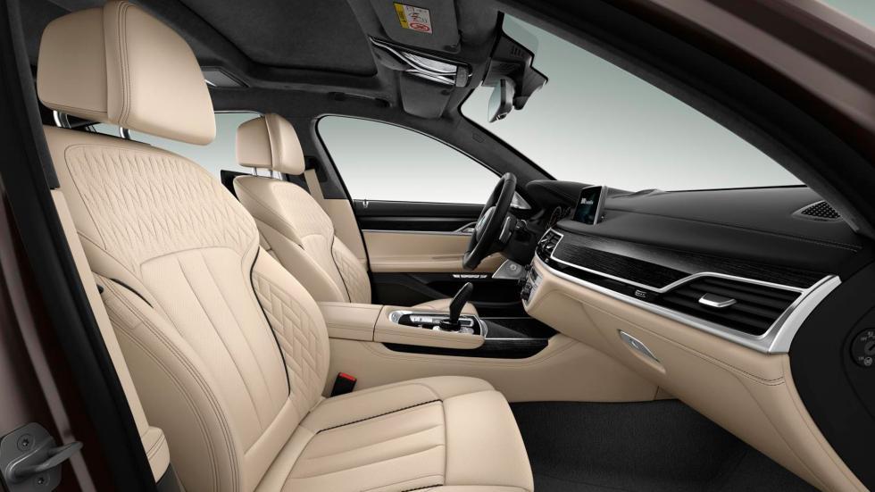 BMW M760Li XDrive, asientos