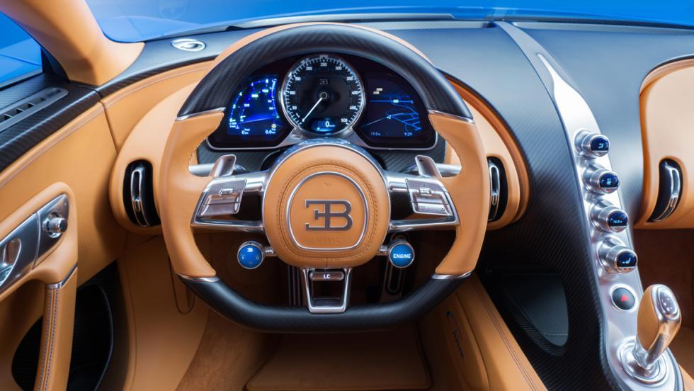 Bugatti Chiron cuadro de instrumentos
