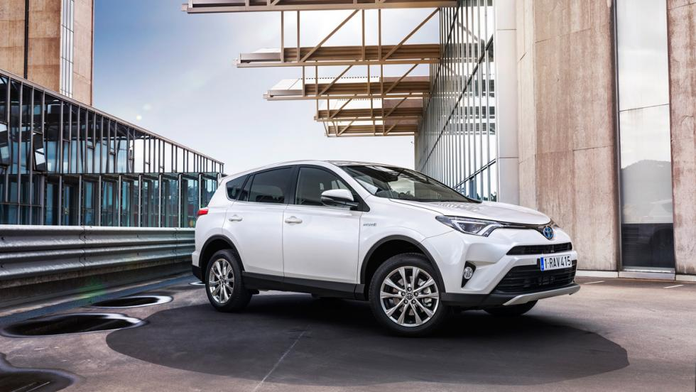 Toyota RAV4 Hybrid, estática