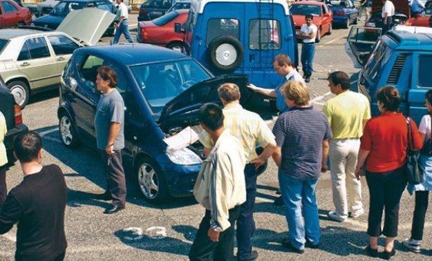 Consejos para que aprendas a detectar un coche accidentado