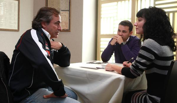 """Fotos: AUTOBILD.ES entrevista a Carlos Sainz: """"afronto el Dakar con humildad y respeto"""""""