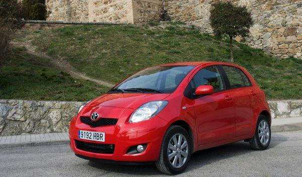 Toyota Yaris Connect 2011 frontal