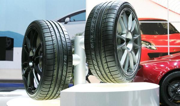 China llama a revisión a 75.000 coches por los neumáticos