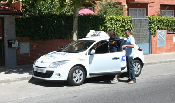 Tráfico prueba un examen práctico de conducir más difícil