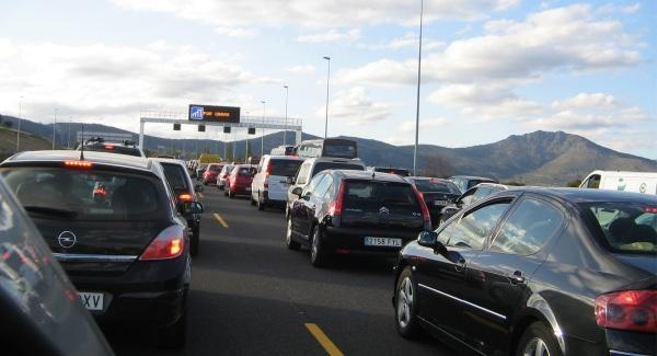 DGT, Operación Navidad: 15 millones de coches en carretera