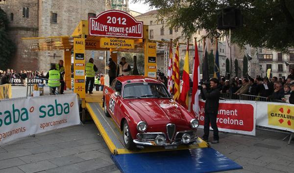 El Rally de Montecarlo Histórico sale de Barcelona
