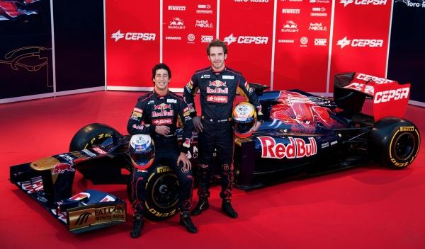 Presentación Toro Rosso STR7