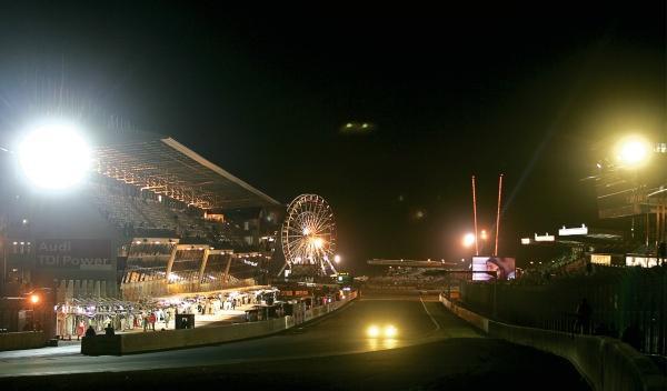 Noche de las 24 Horas de Le Mans 2012