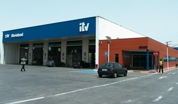 La CE apuesta por la ITV obligatoria partir del sexto año