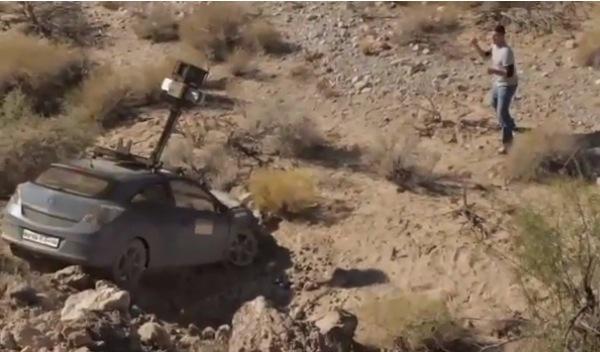 El coche de Google Maps, abandonado en la India