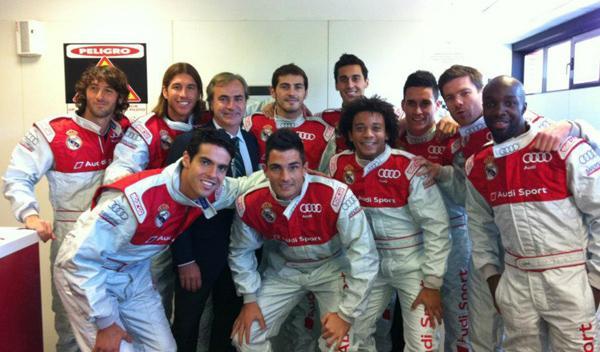 Los jugadores del Real Madrid, pilotos de karts por un día