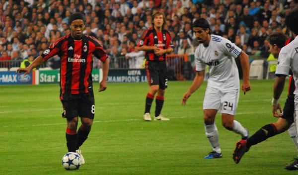 Ronaldinho, involucrado en un accidente de tráfico