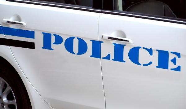 El coche de Policía más estrecho del mundo