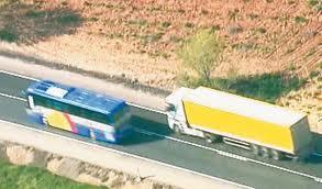 El conductor del autobús del accidente de Ávila, libre