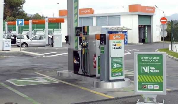 Competencia sanciona a las petroleras por pactar precios