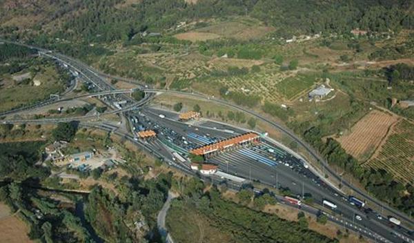 Cae una banda que realizó 115 robos en autopistas catalanas