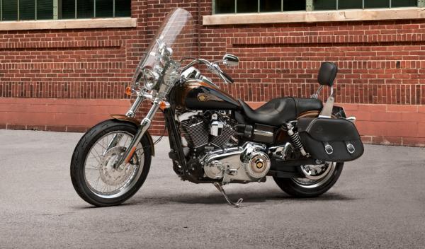 La Harley Davidson del Papa, a subasta en París