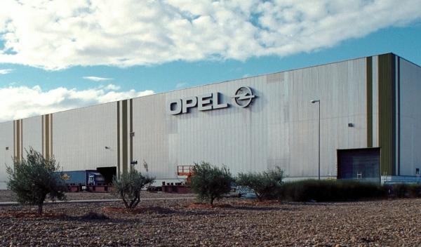 El Gobierno aragonés no se cree la venta de Opel